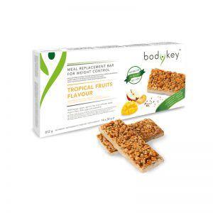 Baton zastępujący posiłek o smaku owoców tropikalnych bodykey by NUTRILITE™