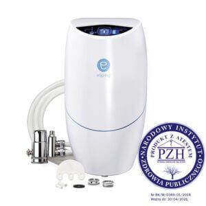 System oczyszczania wody z zaworem instalowanym na istniejącą wylewkę kranu eSpring™